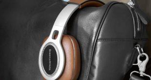 Τα πανάκριβα ακουστικά που δεν σταμάτησαν να κλέβουν καρδιές