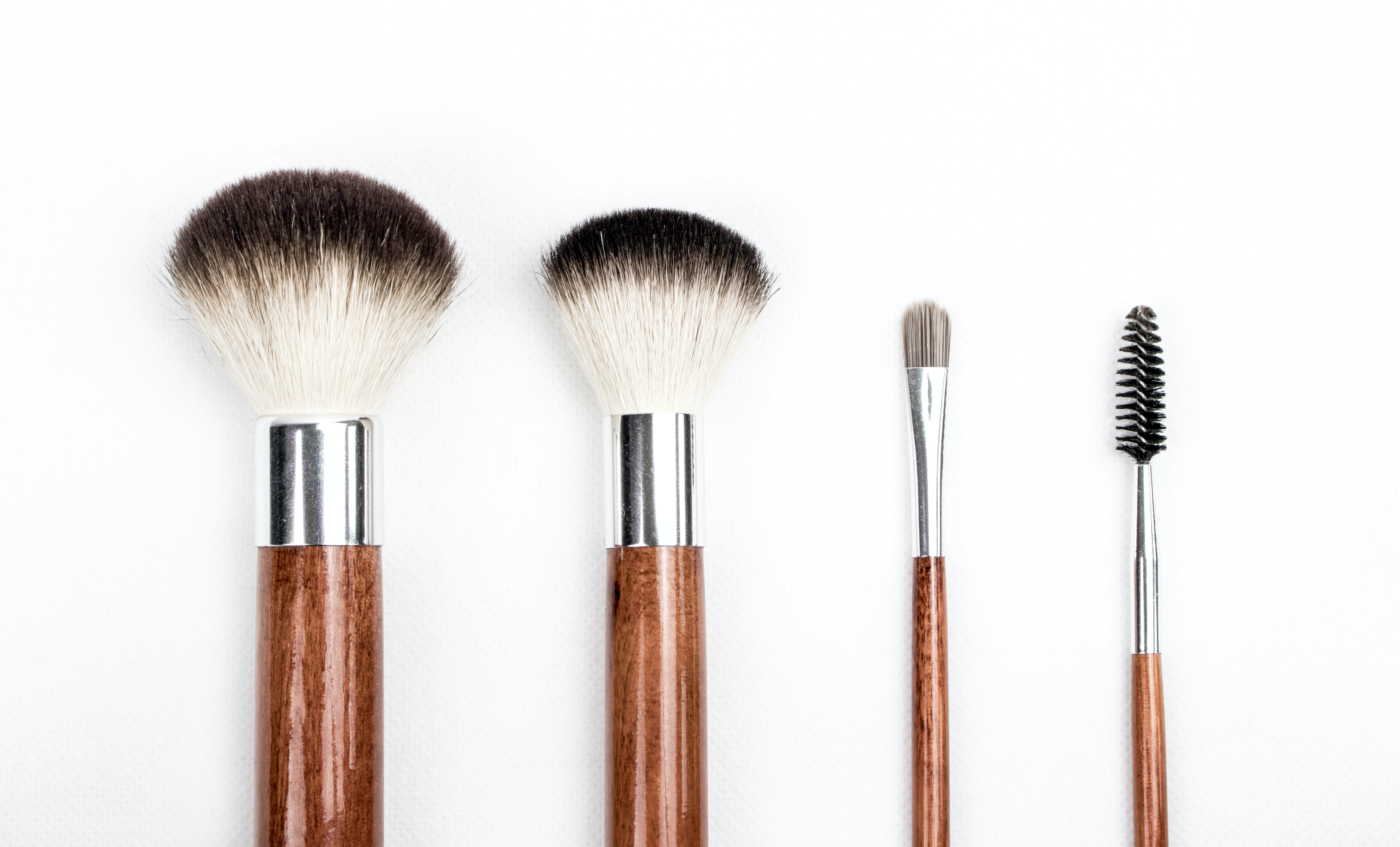 brown and silver make up brush set 205923