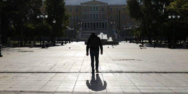 Παναγιωτόπουλος: Πιθανό και πριν το φθινόπωρο το δεύτερο κύμα πανδημίας