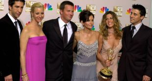 Φιλαράκια: Τζένιφερ Άνιστον και Λίζα Κούντροου δίνουν λεπτομέρειες για την επανένωση τους