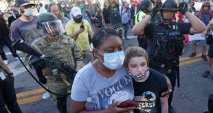 Αφροαμερικανός για αστυνομικό που απείλησε να ρίξει δακρυγόνο στο παιδί του: Έβλεπα στα μάτια του ότι ήταν έτοιμος να πυροβολήσει