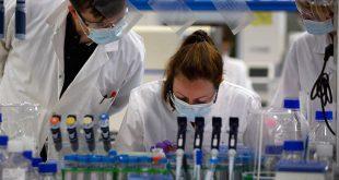 FAZ: Ο κορονοϊός αύξησε το κύρος επιστημόνων και ερευνητών