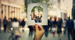 Το Αλτσχάιμερ «χτυπά» περισσότερο τις γυναίκες και ο λόγος δεν είναι ότι ζουν περισσότερο
