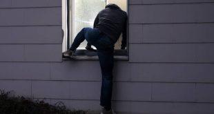 Εγγονός μπήκε ξημερώματα στο σπίτι της γιαγιάς του για να κλέψει λουκάνικα