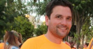 Μπαμπάς θα γίνει σε δυο μήνες ο δημοσιογράφος Ντίνος Σιωμόπουλος