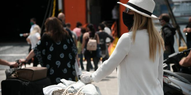 ΠΟΥ για ταξιδιώτες: Δεν υπάρχει «μηδενικός κίνδυνος»