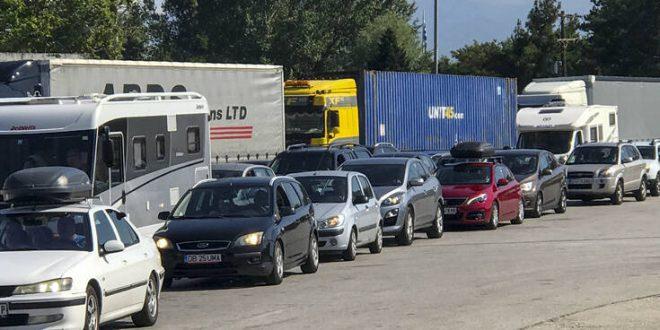 Η Ελλάδα κλείνει τα σύνορα με τη Σερβία - Τι έδειξαν τα επιδημιολογικά δεδομένα
