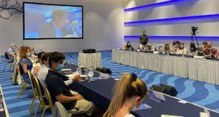 Βαρβιτσιώτης: «Καλό σημάδι» η αναβολή των ερευνών του Oruc Reis