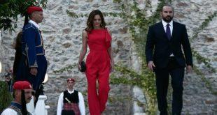 Φωτιά στα κόκκινα η Έφη Αχτσιόγλου μαγνήτισε τα βλέμματα στη δεξίωση στο Προεδρικό Μέγαρο