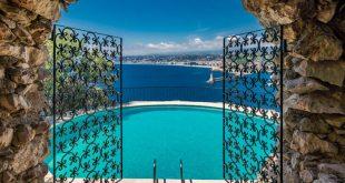 Η θαυμάσια βίλα του Σον Κόνερι στη Γαλλία πωλείται έναντι 30 εκατ. ευρώ