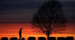 Ο κορονοϊός συνεχίζει να θερίζει τις ΗΠΑ: Ξεπέρασαν τους 150.000 οι θάνατοι