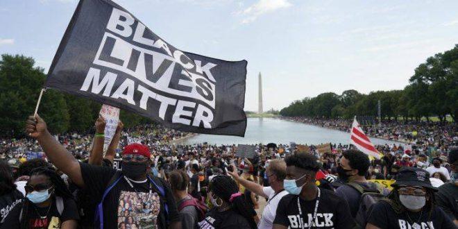 Μεγαλειώδης διαδήλωση στην Ουάσιγκτον κατά του ρατσισμού