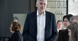 Ο Φασούλας κατέθεσε επισήμως υποψηφιότητα για τις εκλογές της ΕΟΚ