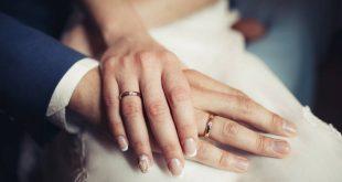 Φριχτό ατύχημα: Έπεσε στο έδαφος και η βέρα του έσκισε το δάχτυλο