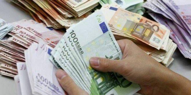 Στα 1,72 δισ. ευρώ οι ληξιπρόθεσμες οφειλές του δημοσίου