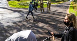 Ανθρωποκυνηγητό στην Αυστραλία για επιδειξία που «αυνανίζεται δημοσίως και κατ' εξακολούθηση»