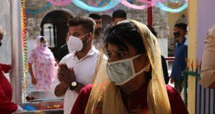 Ξεπέρασαν τα 9 εκατ. τα κρούσματα κορονοϊού στην Ινδία - Πάνω από 132.000 οι νεκροί