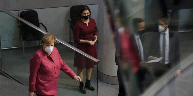 Αριθμός ρεκόρ νέων κρουσμάτων στη Γερμανία - Προς αναθεώρηση του «light lockdown»