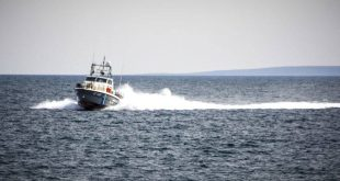 Συναγερμός στο Λιμενικό: Εντοπίστηκε σώμα να επιπλέει σε παραλία της Χερσονήσου