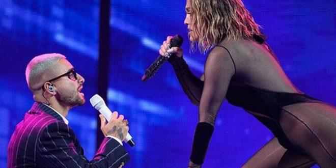 Τζένιφερ Λόπεζ: Τρέλανε κόσμο με την «καυτή» της εμφάνιση στα βραβεία AMAs