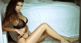 Η σέξι Katharina Mazepa είναι μοντέλο και σύζυγος διπλωμάτη