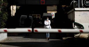 Καθηγητής του Yale προειδοποιεί: Οι Έλληνες πρέπει να είναι πιο φρόνιμοι - Θα έρθει τρίτο κύμα κορονοϊού