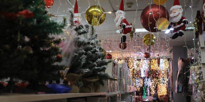 Ποια καταστήματα θα ανοίξουν σταδιακά μέχρι τα Χριστούγεννα  - Τι θα γίνει με τα κομμωτήρια