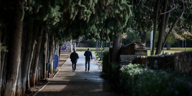 Οι περιοχές που προκαλούν ανησυχία στους ειδικούς - Έκκληση Χαρδαλιά στους κατοίκους για αυστηρή τήρηση των μέτρων