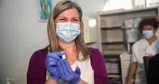 Θεσσαλονίκη: Από το ΑΧΕΠΑ ξεκίνησαν οι εμβολιασμοί υγειονομικών