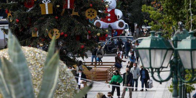 Καθολικοί έλεγχοι παραμονή και ανήμερα Πρωτοχρονιάς - Ποια καταστήματα είναι ανοιχτά και τι κωδικό στέλνουμε