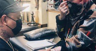 Μαντόνα: Η ντίβα της ποπ έκανε το πρώτο της τατουάζ στα 62 της
