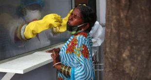 Αγγίζουν τα 10 εκατ. τα κρούσματα κορονοϊού στην Ινδία