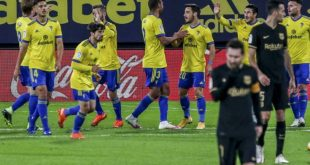 La Liga: Η Μπαρτσελόνα έχασε από την Κάντιθ και έμεινε στο -12