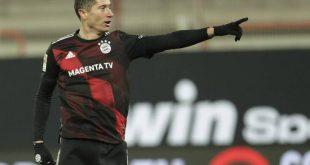 Guardian: Κορυφαίος ποδοσφαιριστής για το 2020 ο Λεβαντόφσκι