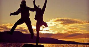 Τα 7 θεμελιώδη συναισθήματα που βοηθούν στην κατάκτηση της ευτυχίας