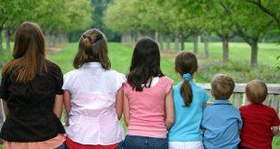 Μόσιαλος για το νέο στέλεχος του ιού και την συσχέτισή του με τα παιδιά