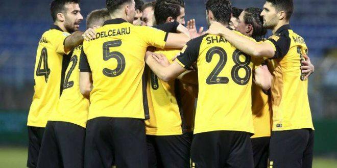 Super League 1: Με «συνταγή» Χιμένεθ και με δέκα παίκτες πέρασε από τη Λαμία η ΑΕΚ