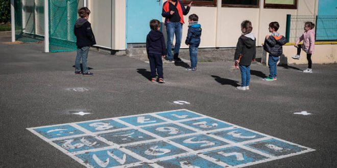 Γαλλία: Δεν θα κλείσουν τα σχολεία παρά την μετάλλαξη του κορονοϊού