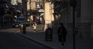 Σταθερά ζόρικα τα πράγματα με τον κορονοϊό στη Μεγάλη Βρετανία