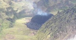 «Ξύπνησε» το ηφαίστειο στον Άγιο Βικέντιο