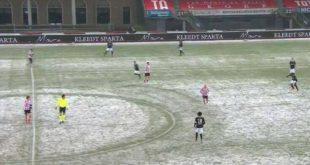 Αϊντχόφεν: Έπαιξε ένα ημίχρονο με λευκή μπάλα μέσα στα χιόνια και τελικά έβαλε πέντε γκολ