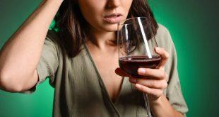 Πώς ακόμη κι ένα ποτό την ημέρα μπορεί να βλάψει την υγεία μας